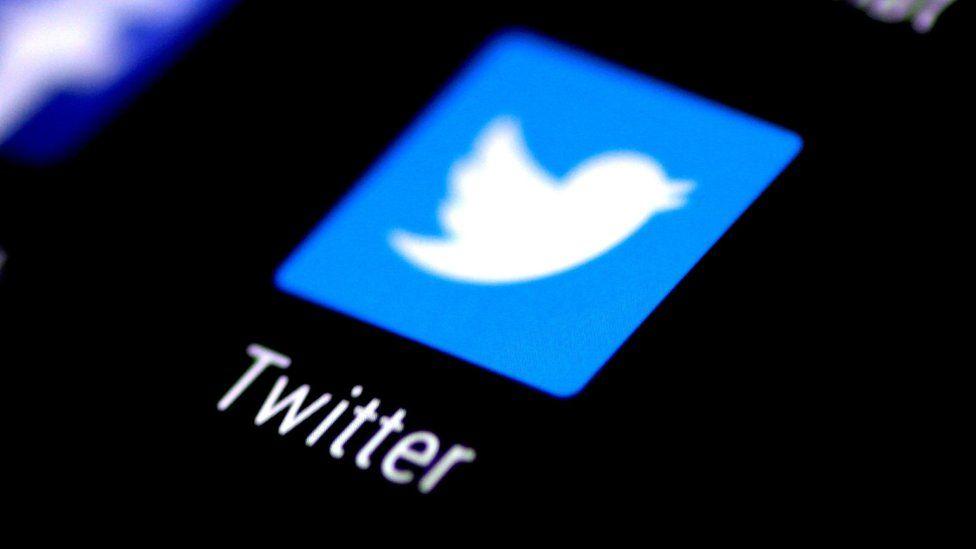 how to retweet